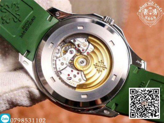 Phần Caseback của đồng hồ cho tay thấy rõ được bộ máy hoạt động của đồng hồ
