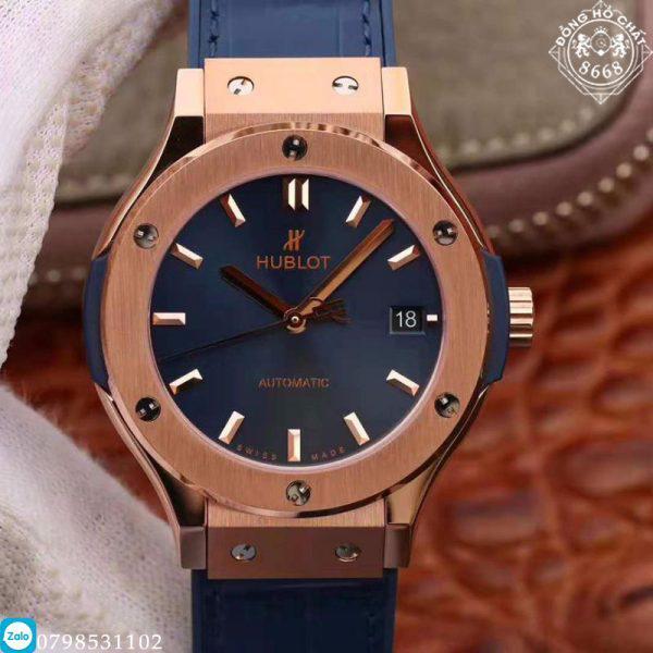 Hôm nay, Đồng Hồ Chất 8668 xin được giới thiệu với quý khách hàng mẫu sản phẩm Hublot Classic Fusion Blue King Gold phiên bản Super Fake. Sản phẩm được hoàn thiện vô cùng tỉ mỉ và tinh tế đến từng chi tiết. Nhà máy thiết kế sát bản hãng đem lại trải nghiệm thú vị đến cho người dùng.