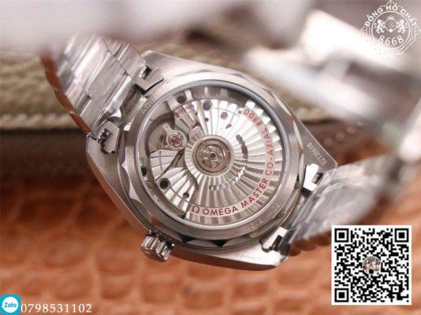 đồng hồ cơ omega với thiết kế bộ máy bên trong vô cùng tỉ mỉ và phức tạp