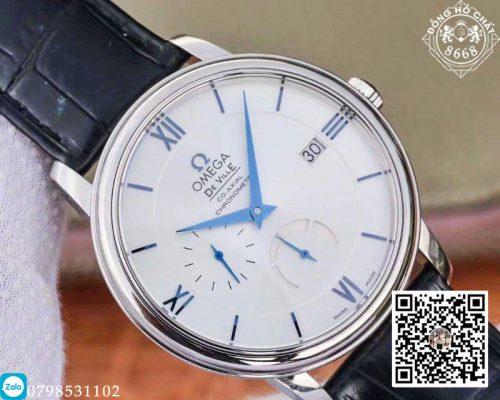 Nhìn vào mặt Dial ta cũng có thể thấy nét cổ điển, lịch lãm của chiếc đồng hồ