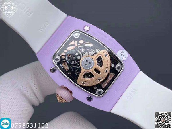 Đồng hồ Richard Mille Fake nữ Lady RM 07-01, với thiết kế kiểu dáng độc đáo cùng tông màu hài hòa nữ tính.