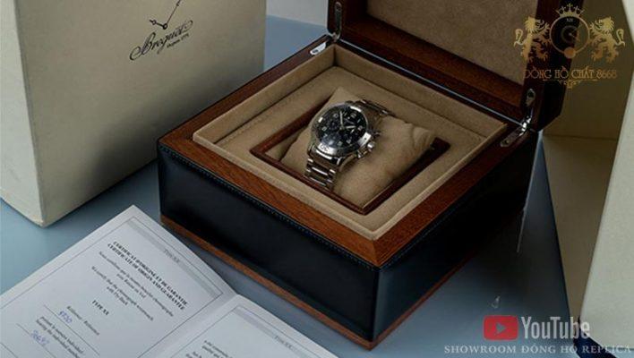Những mẫu đồng hồ Breguet đều được được trang bị hộp đựng sang trọng và phụ kiện sổ thẻ đầy đủ