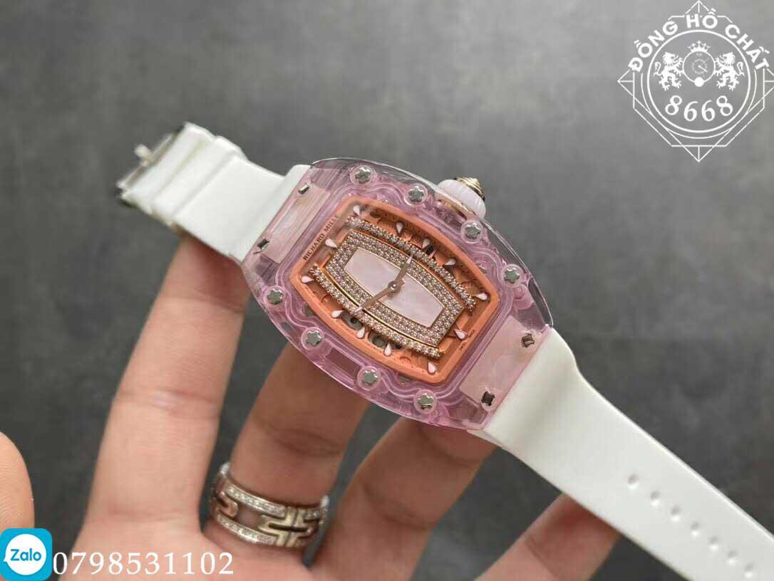 Mặt số với các chi tiết rất sắc nét của đồng hồ richard mille fake