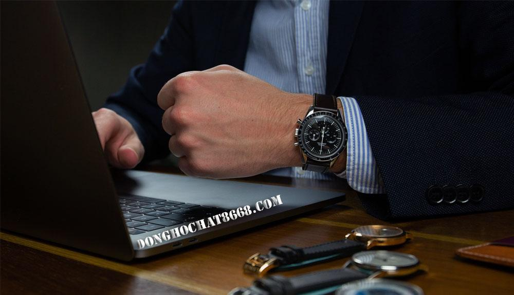 So với các mẫu đồng hồ Chopard chính hãng tiền tỷ thì các sản phẩm đồng hồ Chopard Super Fake chỉ có mức giá từ 10 tới 30 triệu đồng mà thôi.