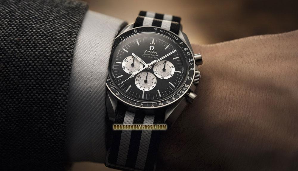 Lướt một vòng các trang thương mại điện tử uy tín có thể thấy, mức giá để sở hữu một chiếc đồng hồ Omega không hề rẻ một chút xíu nào và có thể lên đến hàng trăm triệu đồng