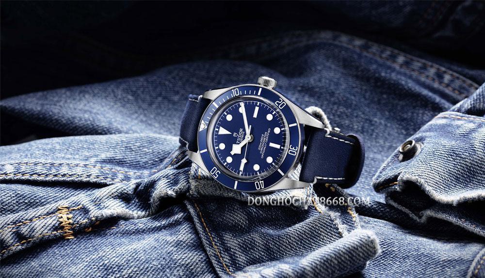 Đồng hồ Tudor luôn có chút gì đó khá giống người anh Rolex của mình.